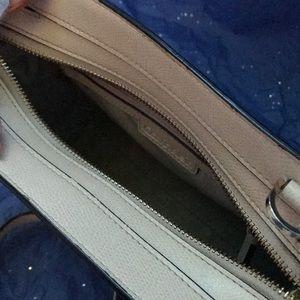 Calvin Klein Bags - Calvin Klein crossbody